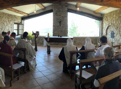 Monastère du Saint-Sacrement à Céreste