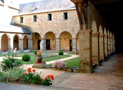 Monastère de l'Immaculée Conception à Craon