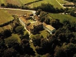 Abbaye Saint-Pierre à Montolieu