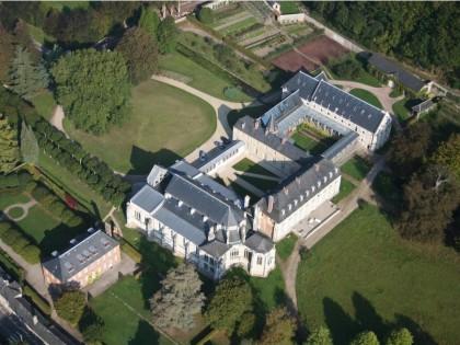 Abbaye Notre-Dame du Pré à Valmont