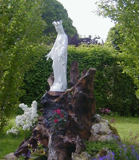 Monastère Saint-Paul de la Croix à Croisy-sur-Eure